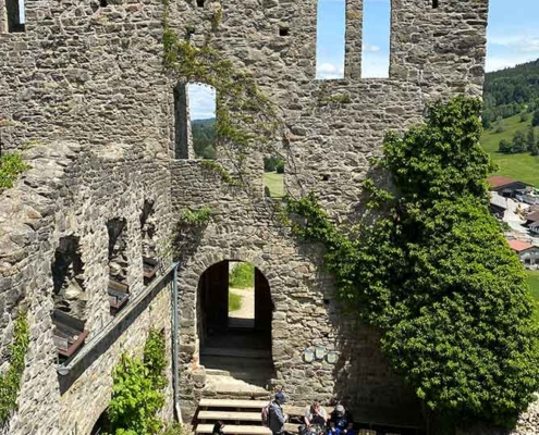 Burg Sulzberg Innenhof