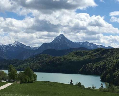 Ausflugsziele Ostallgäu Weissensee zwischen Pfronten und Füssen im Ostallgäu