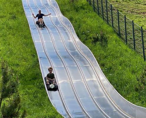 Ausflüge im Allgäu Abenteuerspielplatz Allgäu Riesenrutsche